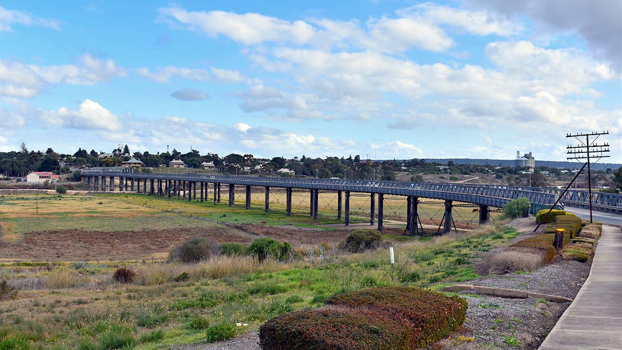 The bridge at Murray Bridge